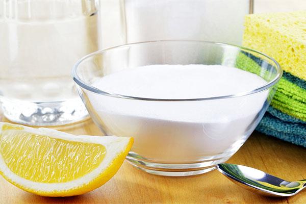 cach-lau-chui-tu-lanh-voi-baking-soda